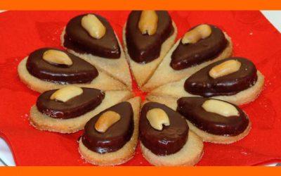 Arašidové sušienky s horkou čokoládou