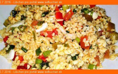 Kisir – turecký šalát z bulguru a zeleniny