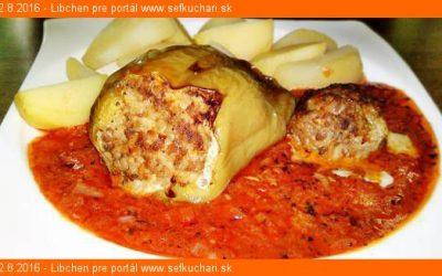 Pečené plnené papriky v sugo di pomodoro